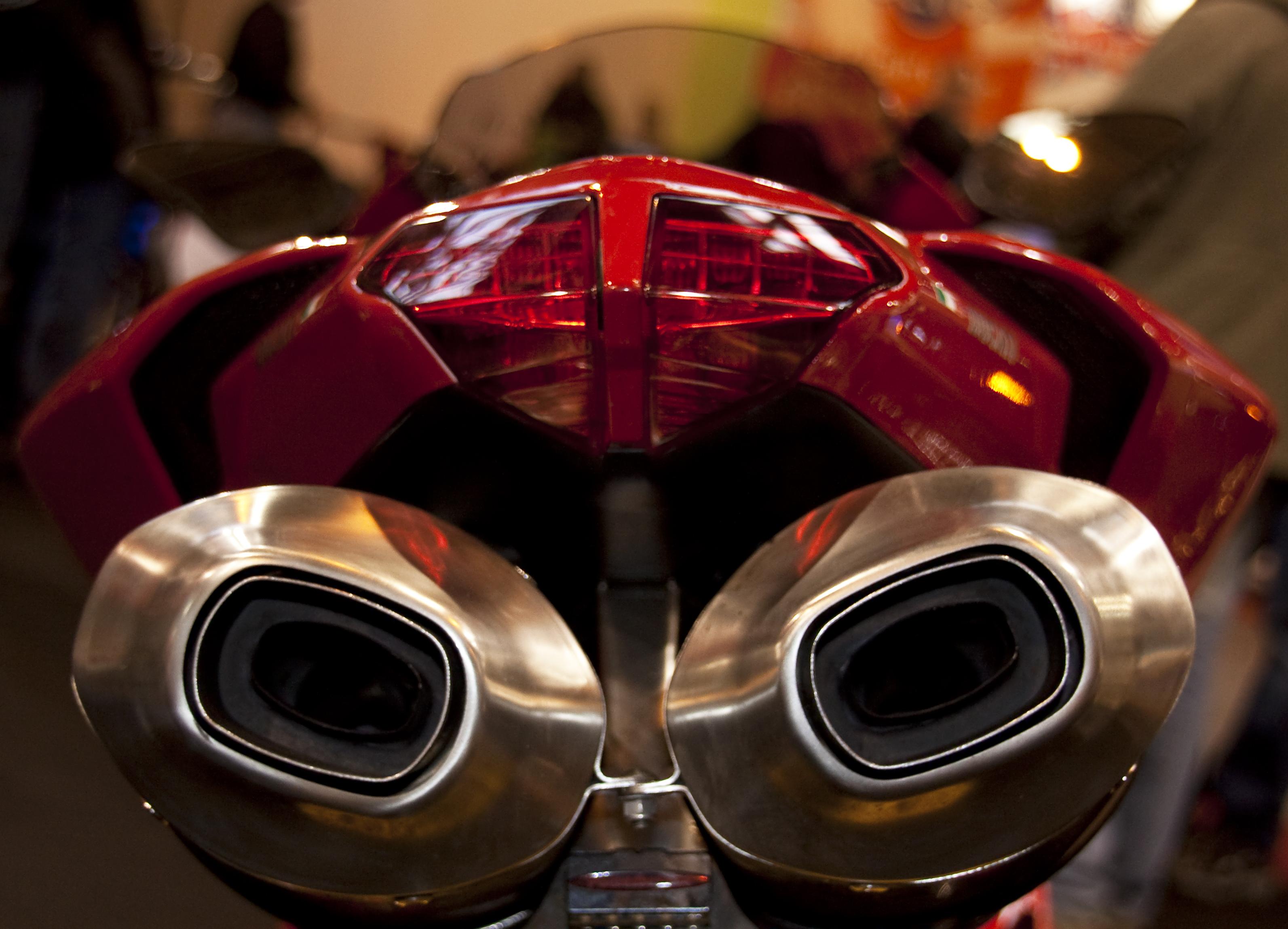 Ducati propone nuovi posti di lavoro e stage