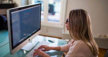 Bilancio in manovra anche lavoro per le donne fino al nono mese
