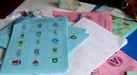 Indonesia scrutinatori morti per la stanchezza durante le elezioni